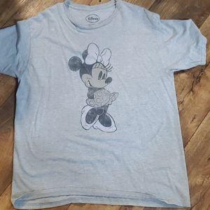 Minnie Mouse tshirt